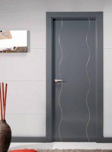 Puerta de Interior lacada en gris